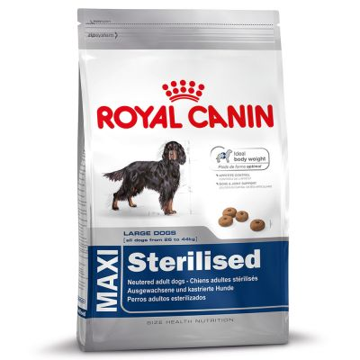 royal canin maxi adult sterilised croquettes pour chien zooplus. Black Bedroom Furniture Sets. Home Design Ideas